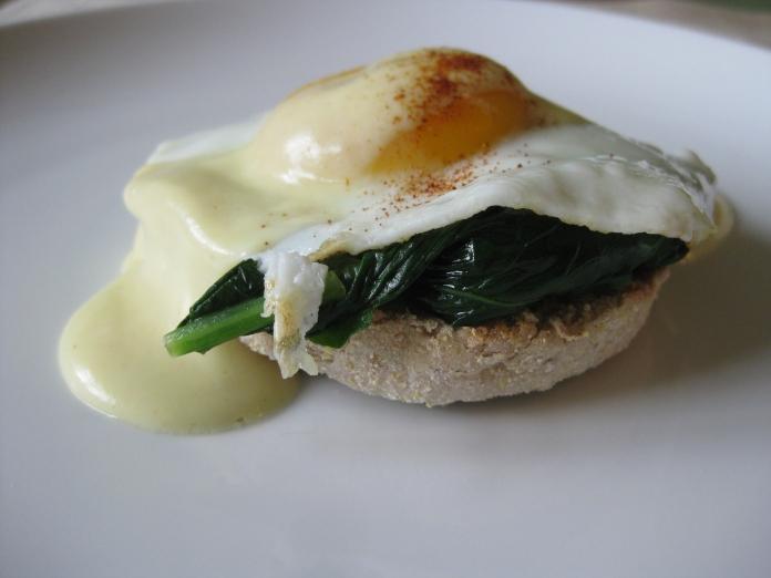 arugula eggs benedict